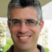 Dr. Amir Lupovici